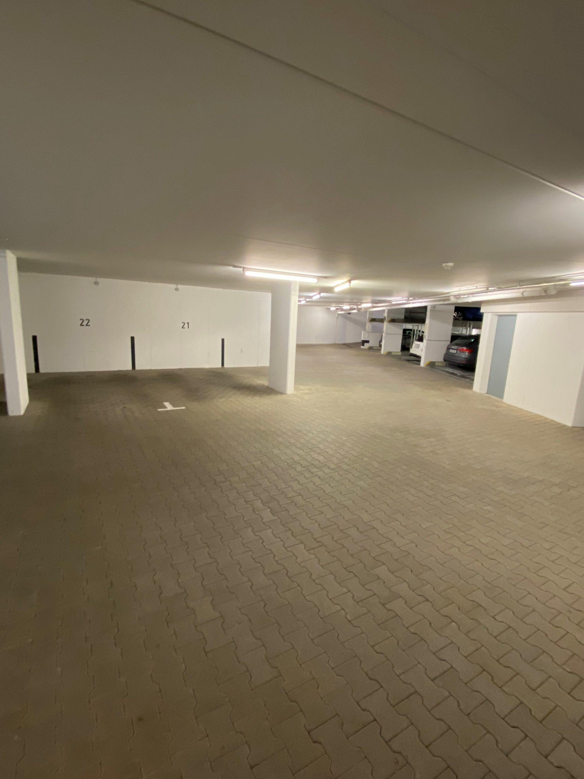 Garage Reinigung Tiefgarage Parkplatz Stellplatz Autoreinigung Stuttgart